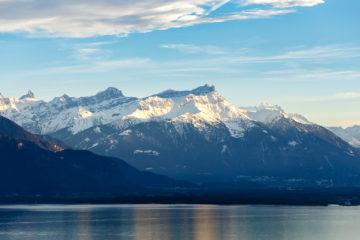 Genfer See mit Bergen am Abend  Chexbres Vaud Schweiz by Peter Ehlert in Wochenende am Genfer See