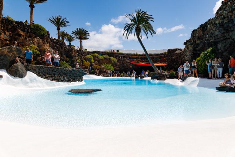 Lanzarote: Cuevas de los Verdes und Jameos del Agua