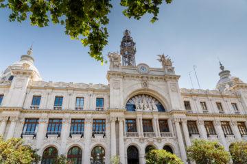 Hauptpost  Valencia Provinz Valencia Spanien by Peter Ehlert in Valencia_Rathaus_Hauptpost