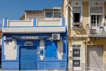 Blauer Kiosk  Valencia Provinz Valencia Spanien by Peter Ehlert in Valencia_Cabanyal