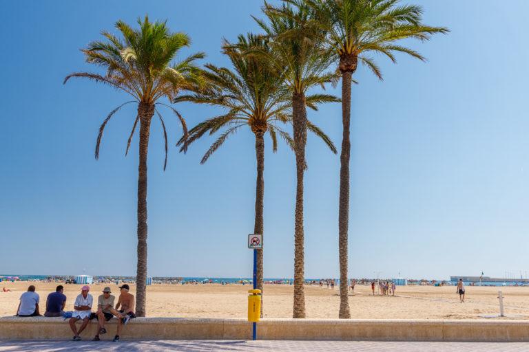 Valencia: Cabanyal Strand und Hafen