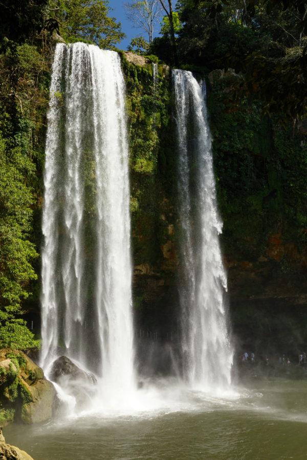 Blick auf den Wasserfall by Peter Ehlert in Misol-Ha Chiapas Mexiko