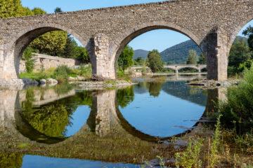 Brücken über den Gardon  Saint-Jean-du-Gard Gard Frankreich by Peter Ehlert in Rundfahrt Gardon