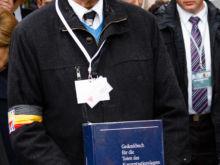 Gedenkbuch der Toten  Dachau Bayern Deutschland by Peter Ehlert in Gedenkfeier zur Befreiung des KZ Dachau (2015)
