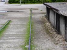 Gleisreste und Rampe  Dachau Bayern Deutschland by Peter Ehlert in Nie wieder - plus jamais - never again