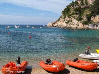 Strand - Mietboote  Sant Joan de Labritja Balearische Inseln - Ibiza Spanien by Peter Ehlert in Ibiza - Insel des Lichts