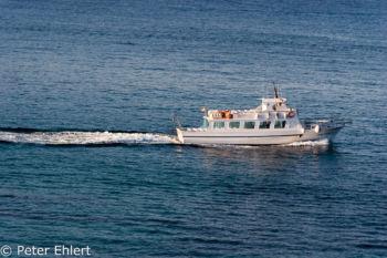 Ausflugsboot  Platja es Figueral Balearische Inseln - Ibiza Spanien by Peter Ehlert in Ibiza - Insel des Lichts