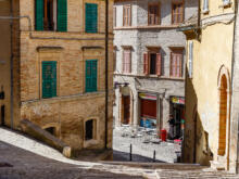 Stufen der Piaggia Floriani  Macerata Marche Italien by Peter Ehlert in Italien - Marken