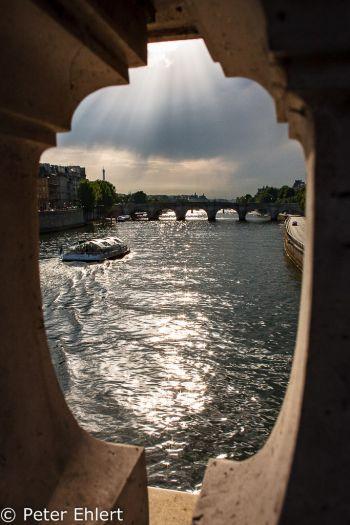 Seine und Pont Neuf  Paris Île-de-France Frankreich by Peter Ehlert in Paris, quer durch die Stadt