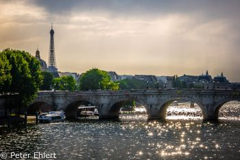 Pont Neuf mit Eiffelturm  Paris Île-de-France Frankreich by Lara Ehlert in Paris, quer durch die Stadt
