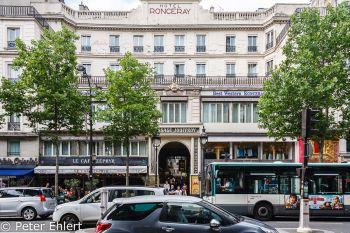 Eingang der Passage beim Hotel Ronceray  Paris Île-de-France Frankreich by Peter Ehlert in Paris, quer durch die Stadt