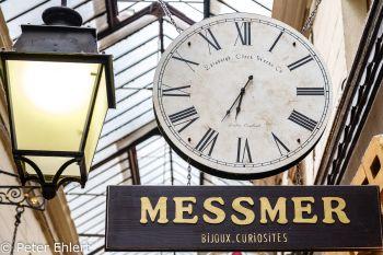 Uhr und Laterne  Paris Île-de-France Frankreich by Peter Ehlert in Paris, quer durch die Stadt