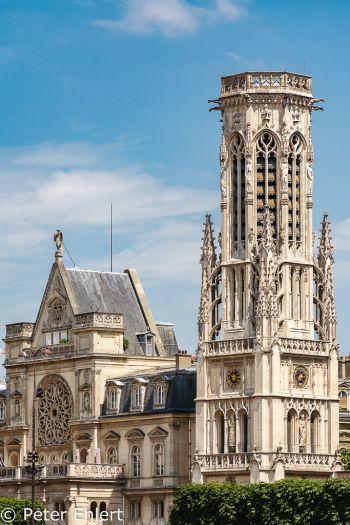 Glockenturm von Saint-Germain-l'Auxerrois  Paris Île-de-France Frankreich by Peter Ehlert in Paris, quer durch die Stadt