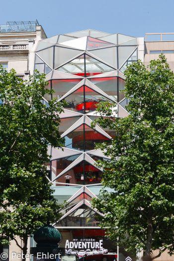 Citroën Gebäude  Paris Île-de-France Frankreich by Peter Ehlert in Paris, quer durch die Stadt