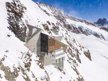 Observatorium und Bergstation   Bern Schweiz, Swizerland by Peter Ehlert in Eiger-Jungfrau-Aletsch-Grindelwald