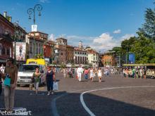 Fußgängerzone  Verona Veneto Italien by Peter Ehlert in Verona Weekend mit Opernaufführung