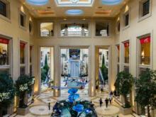 Halle mit Wasserfall  Las Vegas Nevada USA by Peter Ehlert in Las Vegas Stadt und Hotels