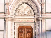 Eingang Basilica di Santa Croce di Firenze  Firenze Toscana Italien by Peter Ehlert in Florenz - Wiege der Renaissance