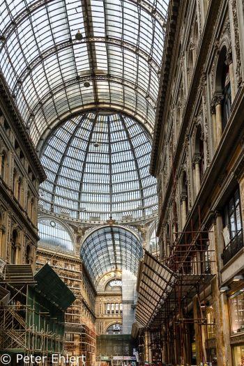 Glaskuppel  Neapel Campania Italien by Peter Ehlert in Pompeii und Neapel