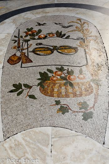 Waage Mosaik  Neapel Campania Italien by Peter Ehlert in Pompeii und Neapel