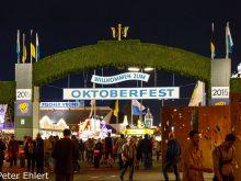 Eingangstor  München Bayern Deutschland by Peter Ehlert in Münchner Oktoberfest