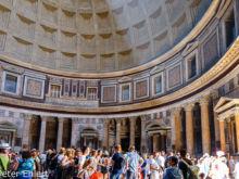 Innenraum  Roma Latio Italien by Peter Ehlert in Rom - Plätze und Kirchen