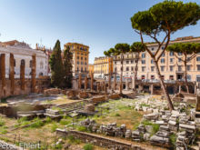 Ausgrabungsstätte in Pigna  Roma Latio Italien by Peter Ehlert in Rom - Plätze und Kirchen
