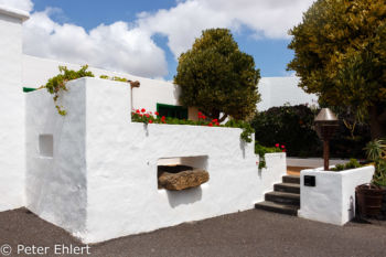 Kassenhaus  Teguise Canarias Spanien by Lara Ehlert in LanzaroteFundacion