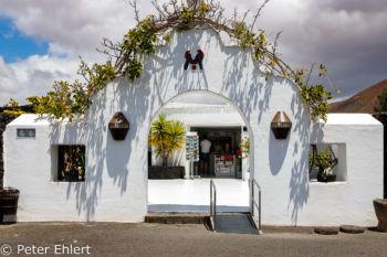 Eingang zum Museum  Teguise Canarias Spanien by Peter Ehlert in LanzaroteFundacion