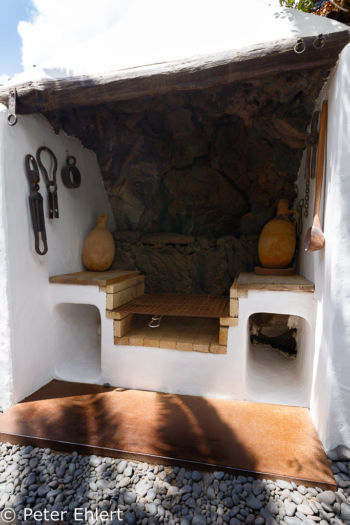 Aussengrill  Teguise Canarias Spanien by Peter Ehlert in LanzaroteFundacion