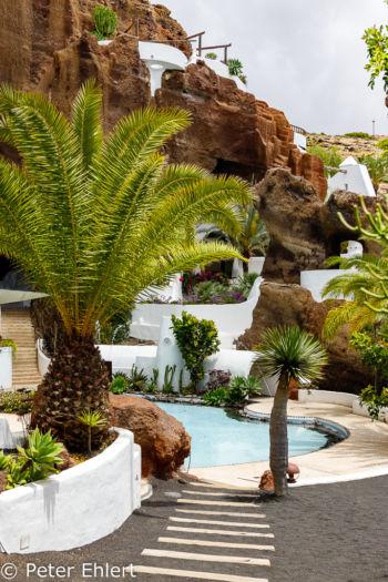 Weg zum Pool  Nazaret Canarias Spanien by Peter Ehlert in LanzaroteLagomar