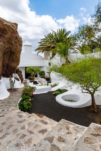 Zweitr Eingang und Zugang zum Haupthaus  Nazaret Canarias Spanien by Peter Ehlert in LanzaroteLagomar