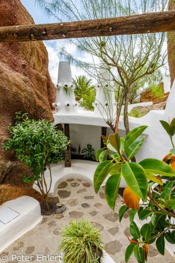 Sitzmöglichkeit  Nazaret Canarias Spanien by Peter Ehlert in LanzaroteLagomar