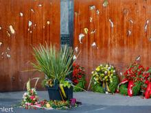 Opfer Gedenkstätte Bombenanschlag 1980  München Bayern Deutschland by Peter Ehlert in WiesnWorkshop2018