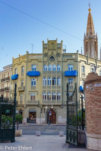 Haus mit Basílica San Vicente Ferrer  Valencia Provinz Valencia Spanien by Lara Ehlert in Valencia_Eixample_Colon