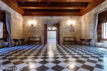 Gerichtsraum  Valencia Provinz Valencia Spanien by Peter Ehlert in Valencia_Seidenbörse