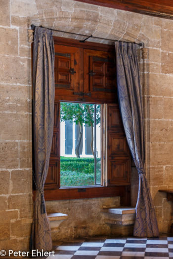 Fenster zum Innenhof  Valencia Provinz Valencia Spanien by Lara Ehlert in Valencia_Seidenbörse