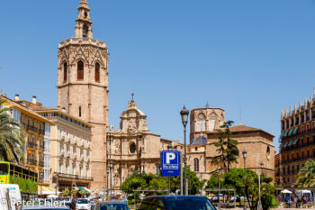 Torre del Micalet  Valencia Provinz Valencia Spanien by Peter Ehlert in Valencia_Kathedrale