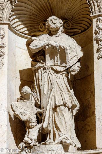 Eingangsportal der Kathedrale  Valencia Provinz Valencia Spanien by Peter Ehlert in Valencia_Kathedrale