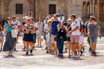 Reisegruppe  Valencia Provinz Valencia Spanien by Peter Ehlert in Valencia_Kathedrale
