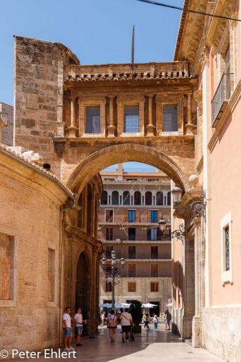 Übergang zur Kathedrale  Valencia Provinz Valencia Spanien by Peter Ehlert in Valencia_Kathedrale