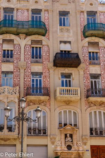 Fassadenkunst  Valencia Provinz Valencia Spanien by Peter Ehlert in Valencia_Kathedrale