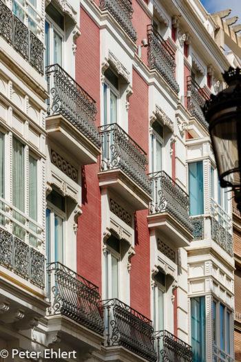 Balkone und bunte Fassaden  Valencia Provinz Valencia Spanien by Peter Ehlert in Valencia_Stadtrundgang