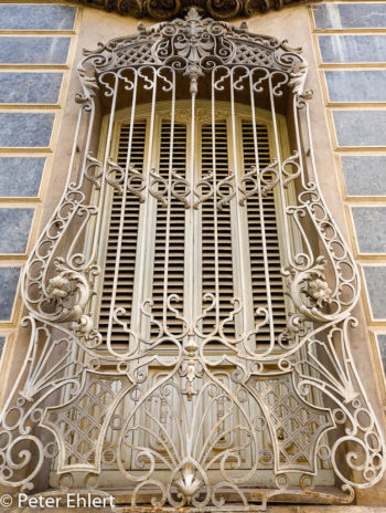 Fenstergitter  Valencia Provinz Valencia Spanien by Peter Ehlert in Valencia_Stadtrundgang