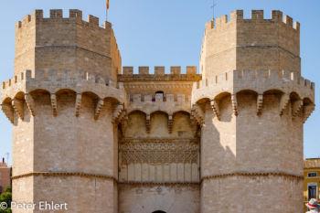 Torres de Serranos  Valencia Provinz Valencia Spanien by Peter Ehlert in Valencia_Stadtrundgang