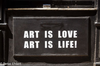 Art is love - art is live  Valencia Provinz Valencia Spanien by Lara Ehlert in Valencia_Stadtrundgang