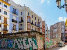 Grafitti vor Hausfront  Valencia Provinz Valencia Spanien by Peter Ehlert in Valencia_Stadtrundgang