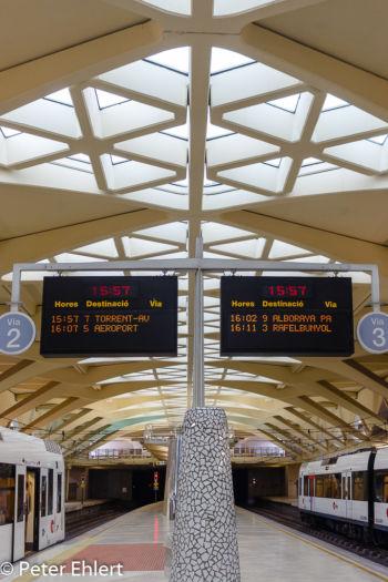 Bahnsteig  Valencia Provinz Valencia Spanien by Lara Ehlert in Valencia_Alameda
