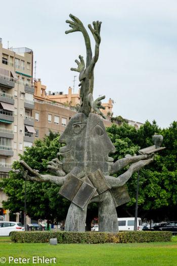 Lado del corazón - Escultura Ripollés  Valencia Provinz Valencia Spanien by Peter Ehlert in Valencia_Turia