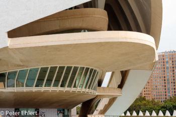 Terrasse als Vordach  Valencia Provinz Valencia Spanien by Peter Ehlert in Valencia_Arts i Ciences